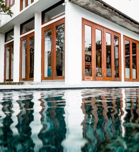 Malaysian high net worth family home with swimming pool